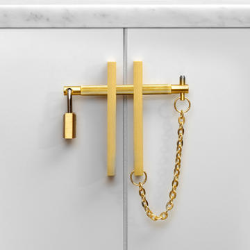 2.buster_punch_precious_bar_brass_front.
