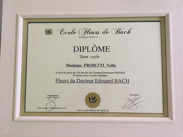 FLEURS DE BACH DIPLOME.jpg