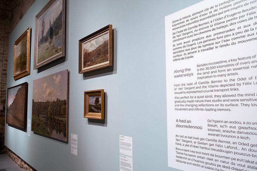 Détail graphisme de l'exposition Terres et Landes La Cohue Musée des Beaux Arts de Vannes