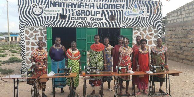 Kenyan women with sewing machines