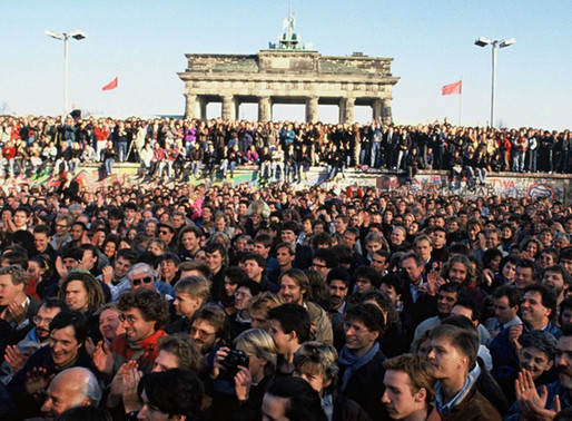 Trente ans après la réunification, l'Allemagne au défi de l'unité