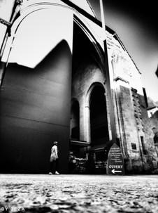 Les grandes portes du marché couvert