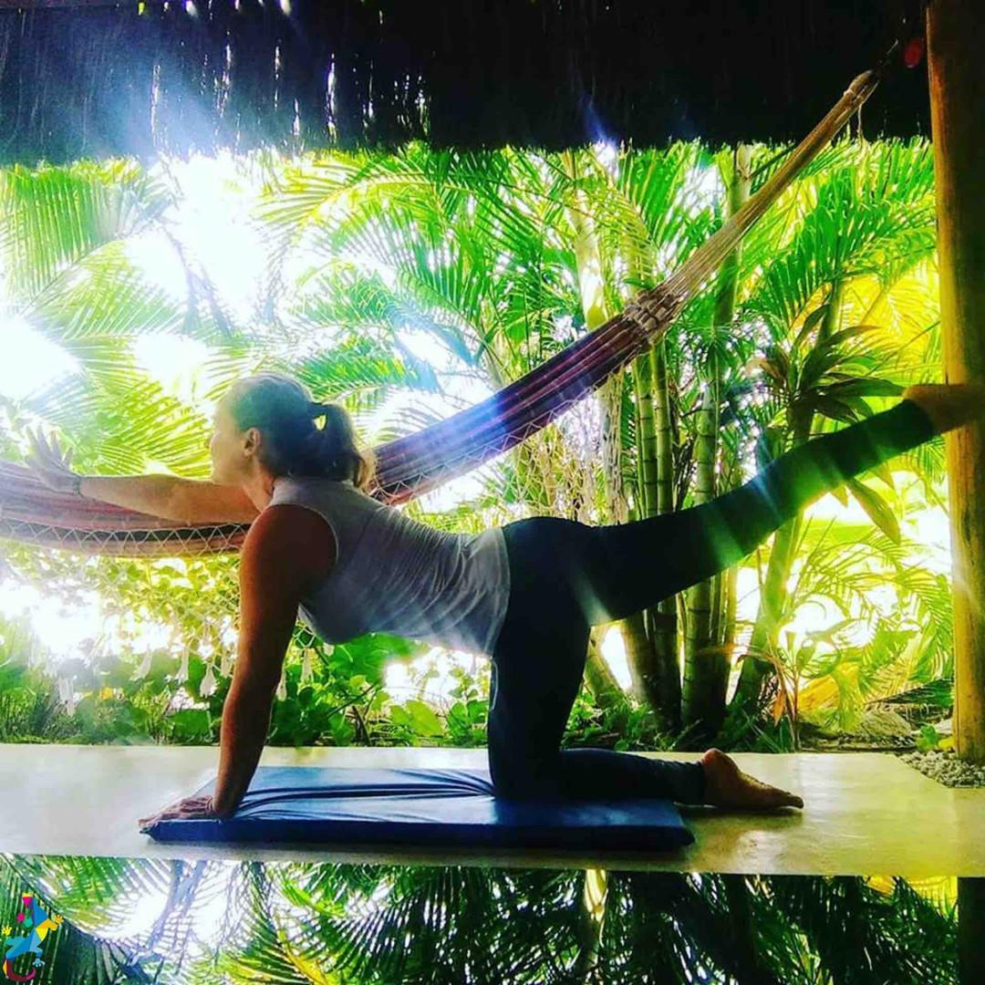 Parajuru©CasteloVendom-yoga.jpg