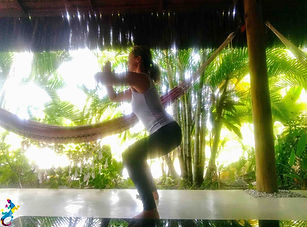 Parajuru©CasteloVendom-yoga2.jpg