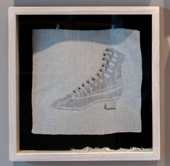 De la serie El Hilo De La Moda. Zapato 1.800.
