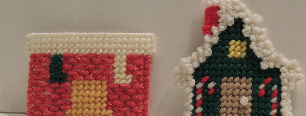 Christmas Ornament - Plastic canvas Fireplace & House