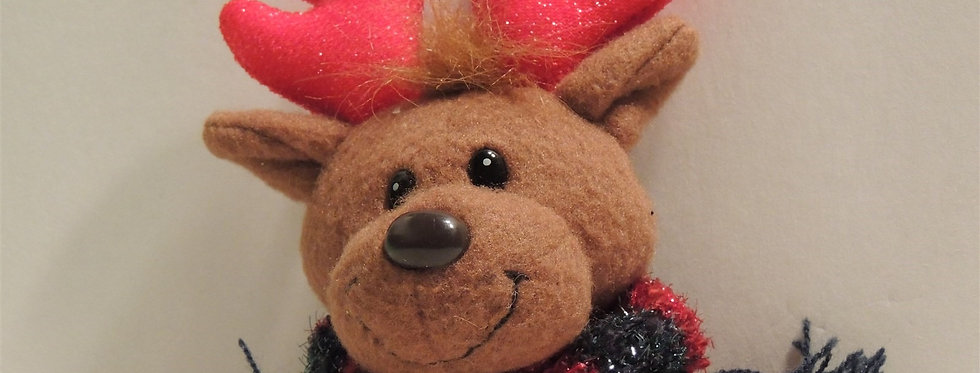 Christmas Decoration - Plush reindeer with scarf Pin