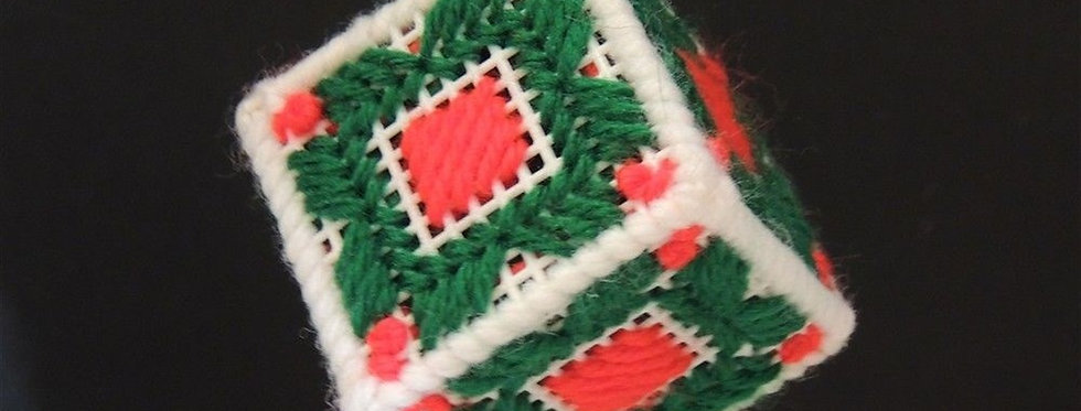 Christmas Ornament - Green & red Plastic canvas cube