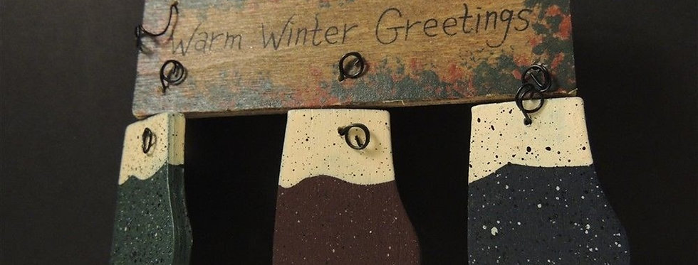 Christmas Decoration - Wood Warm winter Greetings Mittens