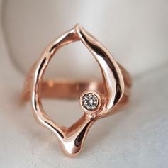 Julie- Diamond Rose gold Shell  Ring.jpg