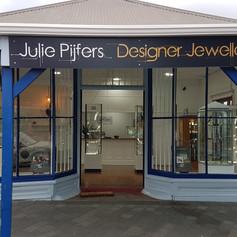 Julies Shop.jpg