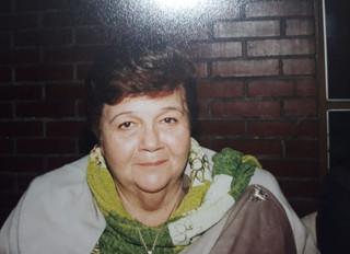 Carmen Salazar Moreno descansa