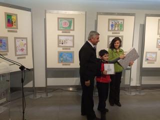 Premiación a alumno Carlos Vidal del 3°B