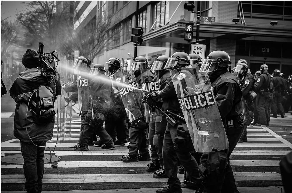 Como Funciona Oligarquia no Brasil - Protesto