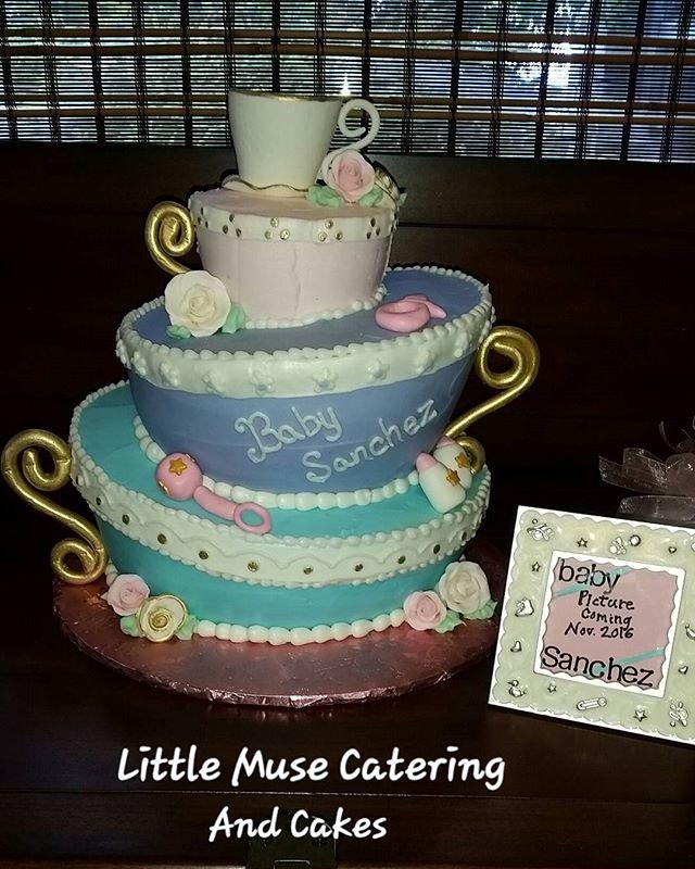 #itsagirl #teacupcake #babyshower #cakestagram #customcakes #frenchvanilla #strawberryfilling #baker