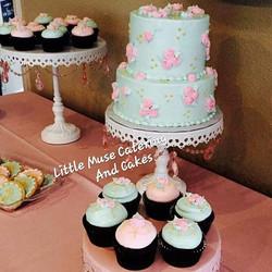 Celebrating Baby H! #babyshower #babyshowercookies #rosettecake #cupcakes #cake #decoratedcookies #c