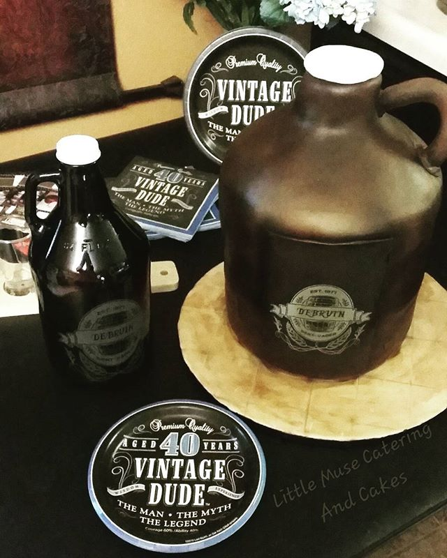 Hope you had a fabulous day! #beergrowler #cake #redvelvet #beer #customcakes #bakery #sanantoniotex