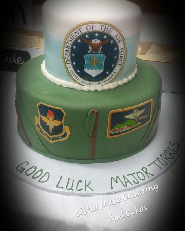 Good Luck Major! #airforce #retirement #cake #customcakes #sanantoniotexas #sanantoniobaker #littlem