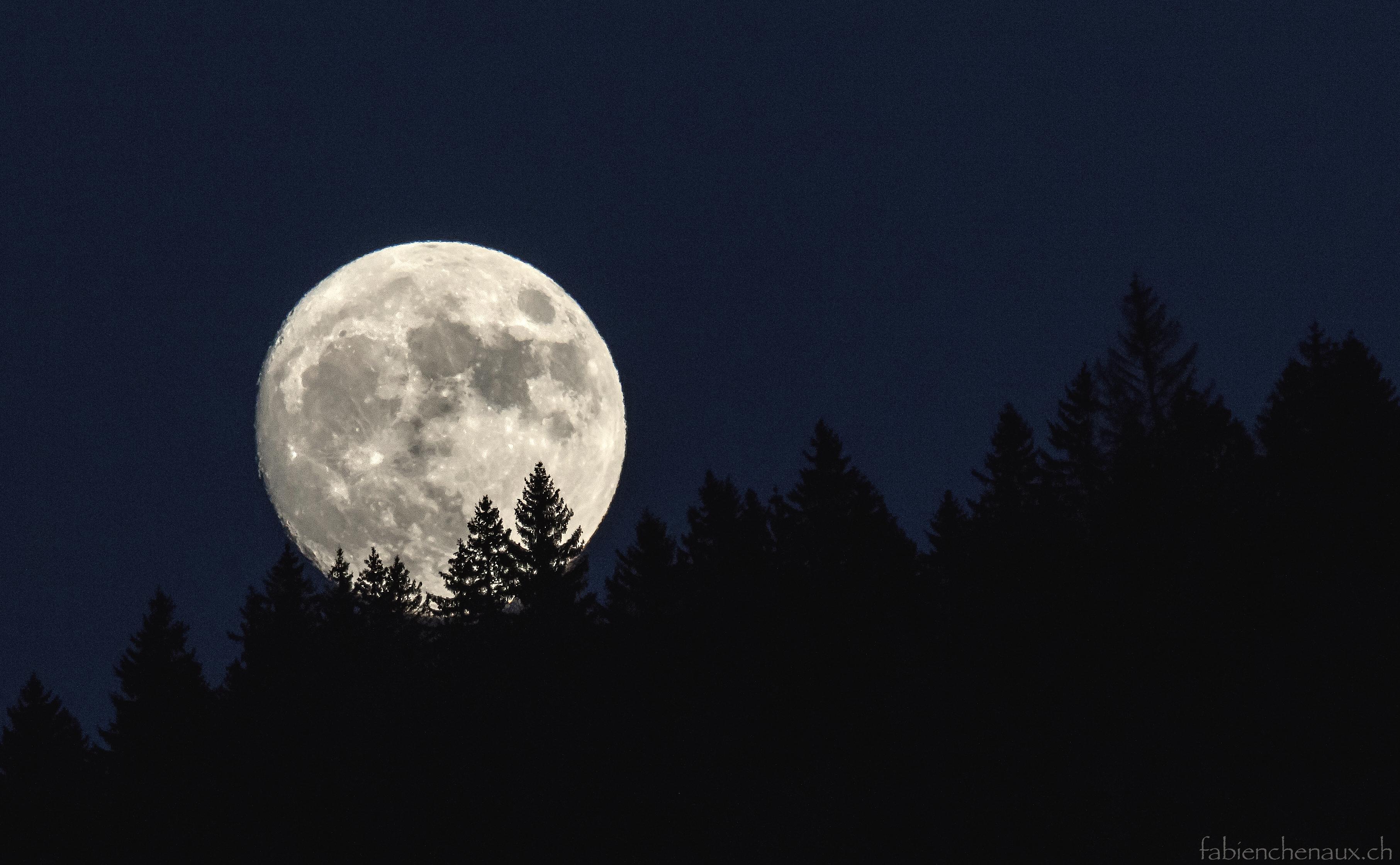 lever de lune sur le Jura...