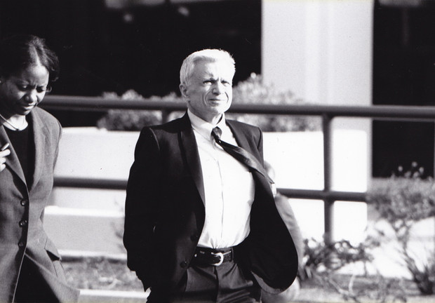 The winds of March blew warm during the trial's latter weeks as Robert Blake seems to appreciate a moment in the sun.