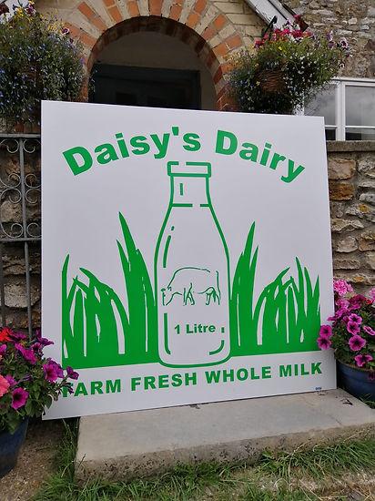 Daisys Dairy Sign.jpg