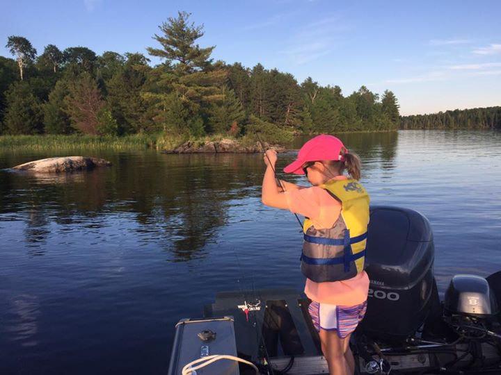 Kabetogama fising guide, Voyageurs Adventures Lake Kaetogama