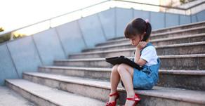 QUAND L'EDUCATION NATIONALE CROQUE DANS LA POMME… …les enfants deviennent cobayes.