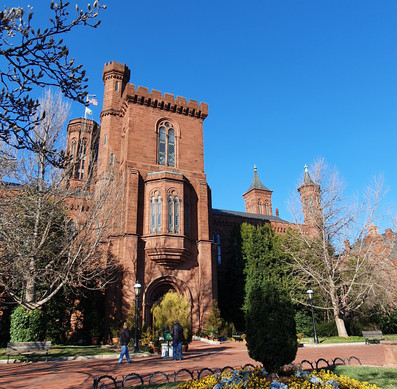 Smithsonian Castle - jardim