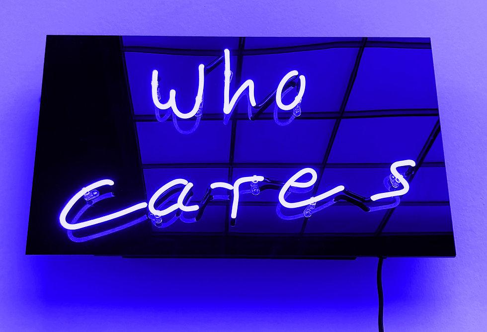 JanKuck_who_cares-rainbow_blue_2000px.jpg