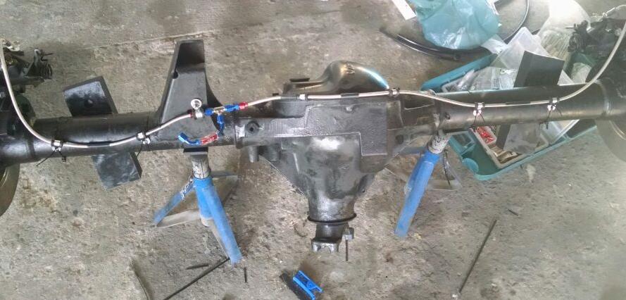 conexoes aeroquip instaladas no freio