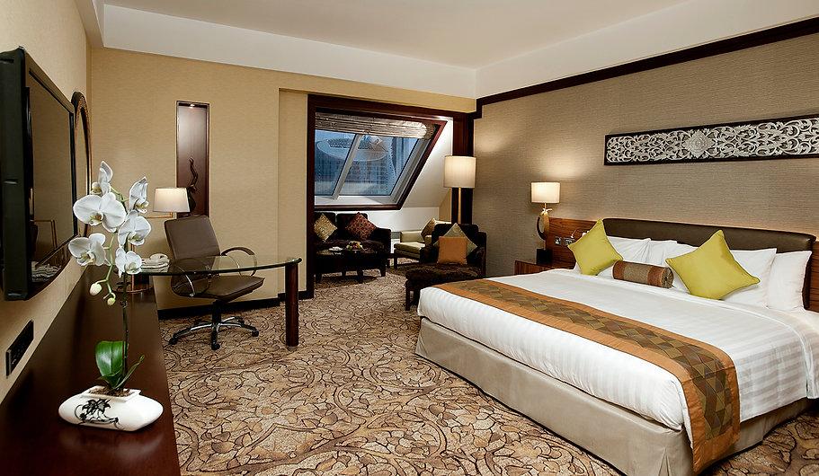 Dusit Thani Hotel Room Interior.jpg