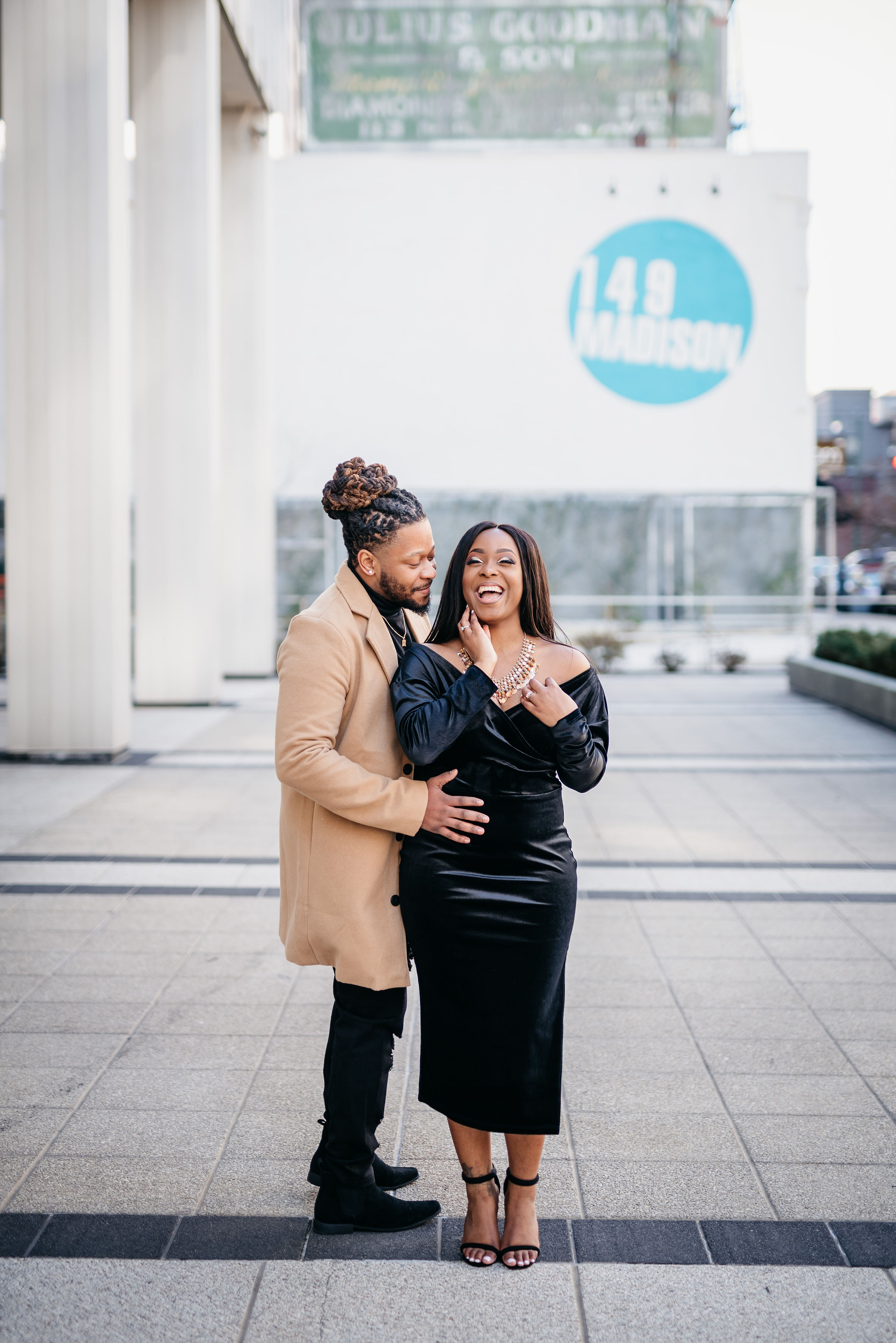 Engagement Photos- Downtown Memphis #LeirDorCouples