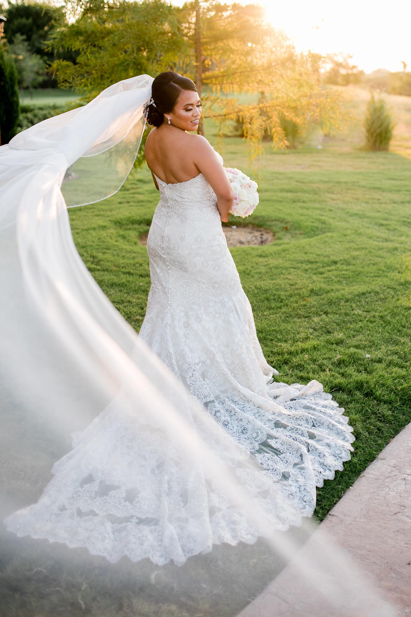 Leir Dor Lux Brides