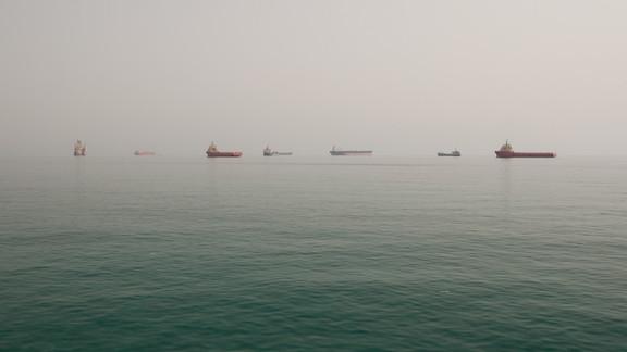Qatar Photographer at Sea (3).jpg