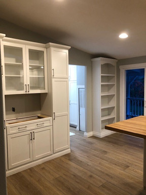 China cabinet and bookcase mid
