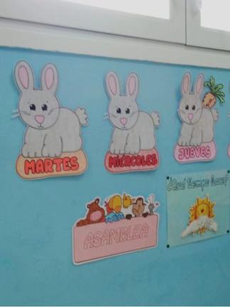 decoracion-conejos-dias-semana-clase-escuela-infantil-parque-pozuelo