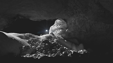 Lava_Tubes_Moon1.png