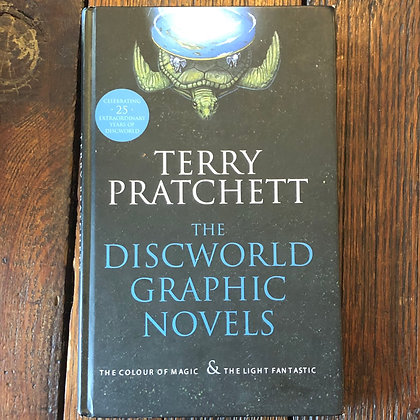 Pratchett, Terry : The Discworld Graphic Novels - Hardcover