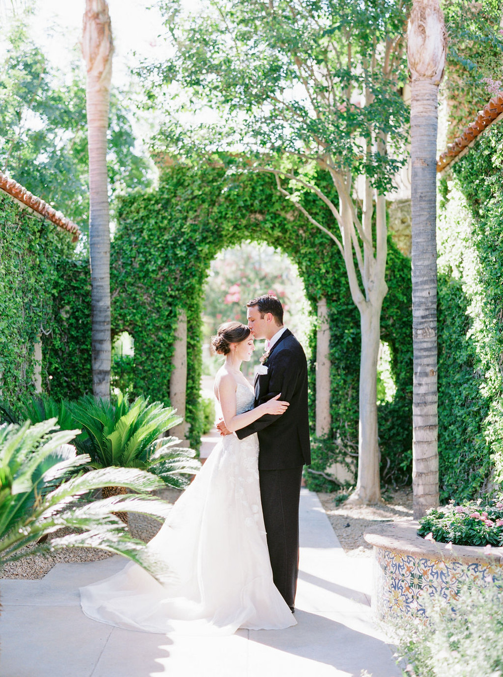 Elegant Scottsdale, AZ elopement. Colorful micro-wedding for two lovebirds.