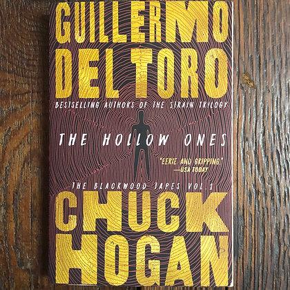 Del Toro/Hogan : The Hollow Ones - Softcover