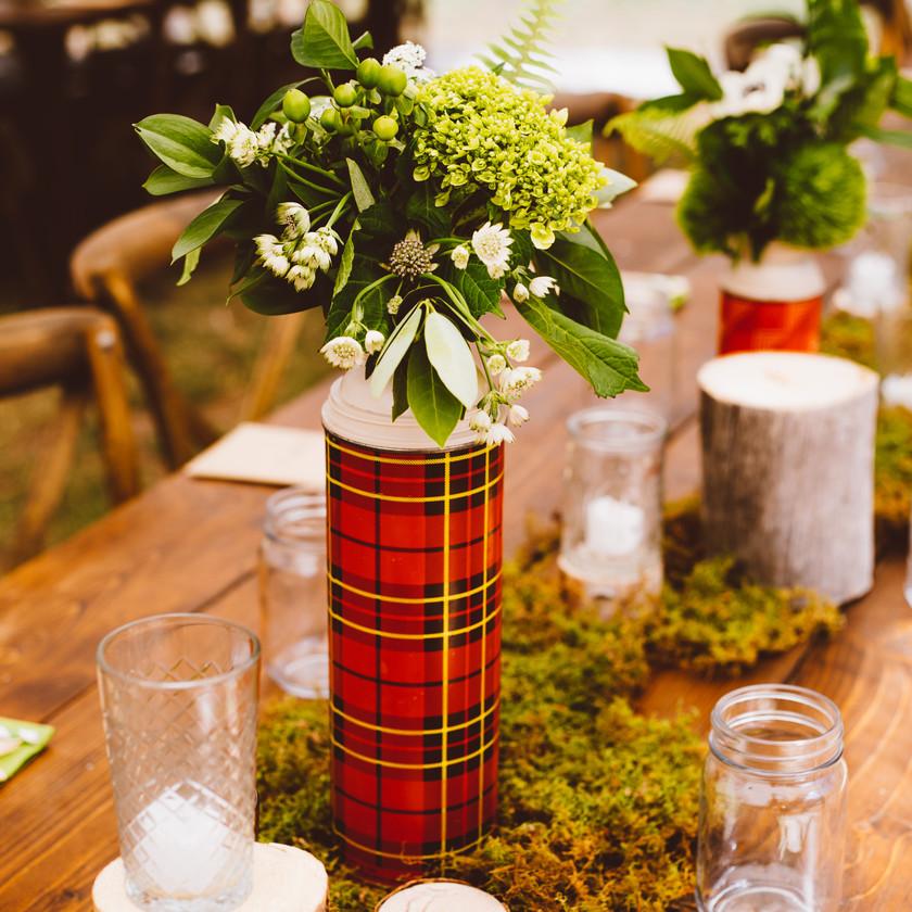 Vintage Camping Wedding. Beaver Creek Colorado Mountain Wedding. Bearcat Stables Camping Theme Wedding. Green and White Theme Wedding.