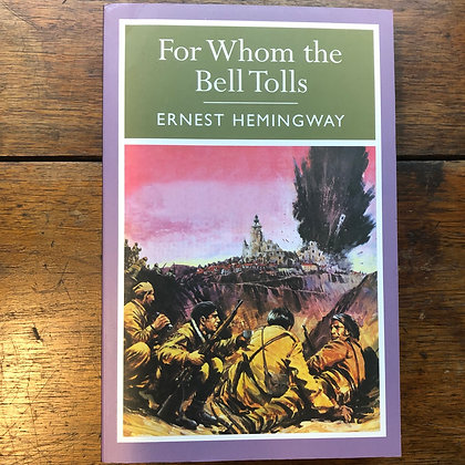 Hemingway, Ernest - For Whom the Bell atolls softcover