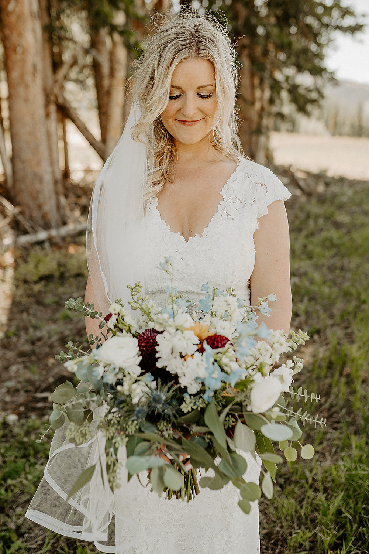 The sweetest love. Beaver Creek Wedding. Beaver Creek Chapel. Vista at Arrowhead Wedding. Sunflower wedding. Colorado Mountain Wedding.