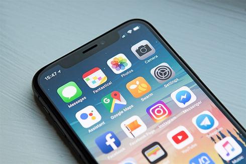 iPhone%20X%20Screen_edited.jpg