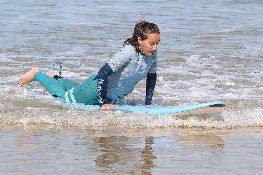Ecole de surf et cours de surf à Lacanau