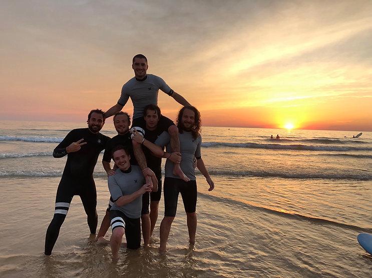 Cours de surf coucher de soleil Lacanau