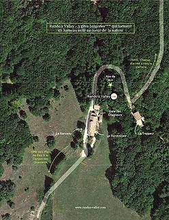 Vue satellite de Rando's Valley | location de 3 gîtes*** qui forment un hameau au coeur de la nature | Grands Gites Vercors | Nature préservée et accessible | Randonnée, VTT, activité nature en famille et entre amis
