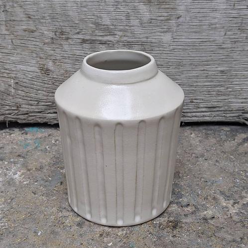 Décoration minérale : Vase cannelé #2