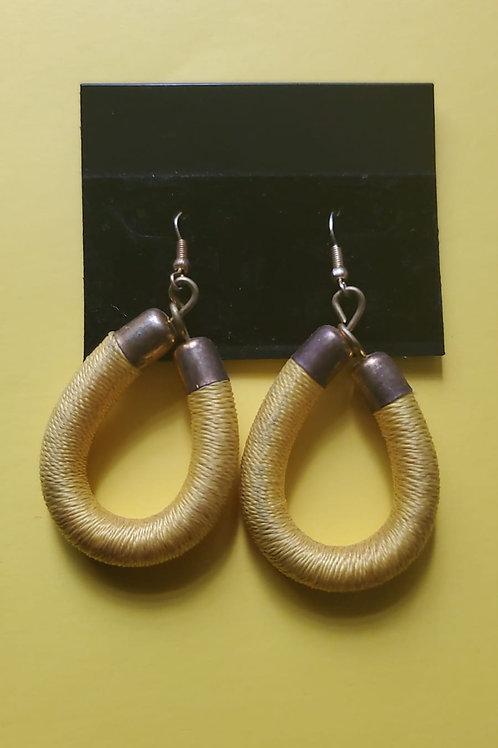 Thread twist earings