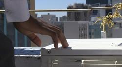 hand on aircon